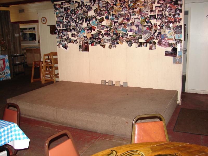 restaurant stage 003